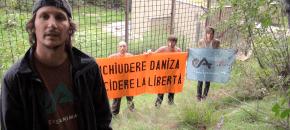Azione simbolica contro la cattura dell'orsa Daniza