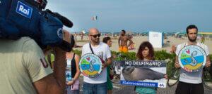 DELFINARIO DI RIMINI: NOI PROTESTIAMO ANCORA!