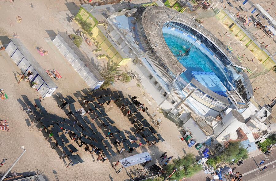 azione di protesta al delfinario di rimini