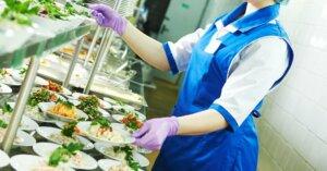 Stop a menù vegan nelle scuole e negli ospedali: scampato pericolo