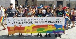 #PrideMonth, tutte le lotte contro discriminazione e oppressione sono interconnesse